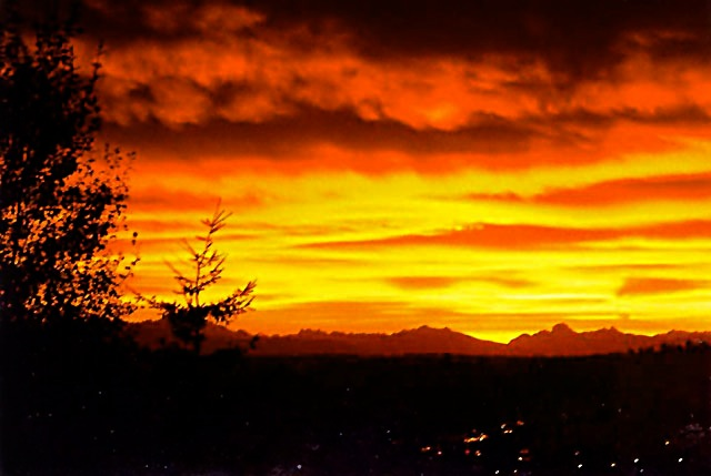 October Sunrise in Uplake (photo Evelyn Williams)